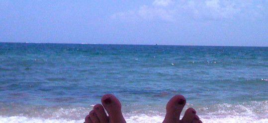 Ms Traveling Pants' Feet