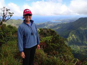 MsTravelingPants_Kilohana_Lookout_Hiking_Kauai_Alakai_Swamp_Trail