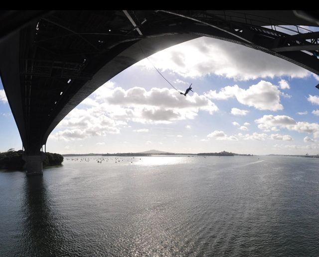 Bungy_Jump_Auckland_Harbour_Bridge_Ms_Traveling_Pants