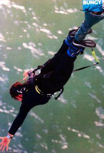 Bungy_Jump_Auckland_New_Zealand_with_Ms_Traveling_Pants