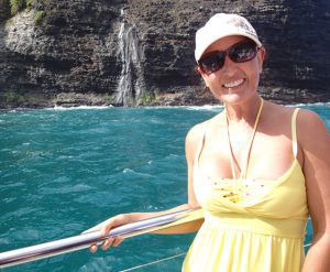 Ms_Traveling_Pants_Napali_Coast_Waterfalls