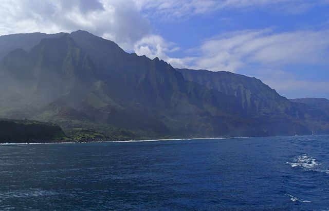 Napali_Coast_View_south_Adventure_Travel_Kauai_Ms_Traveling_Pants