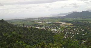 View_of_coral_sea_from_Kuranda_scenic_railway_Cairns_Australia