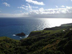 Vista_of_Maui_Coastline_and_Haleakala