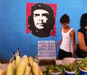 Cienfuegos_Free_Market_by_Heidi_Siefkas