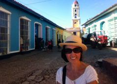 Heidi_Siefkas_in_Trinidad_Cuba_Selfie