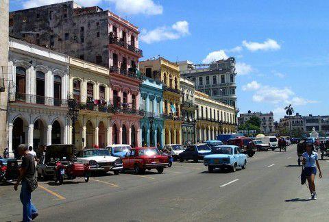 Havana's_Colorful_Streets_Heidi_Siefkas