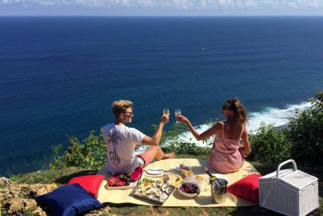 Bali_Honeymoon_Picnic_The_Seven_Group