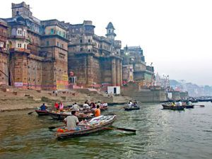 Ganges_Shopping_Mall_India_by_Dennis_Jarvis